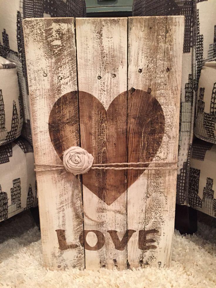 decorazioni fai da te pallet cuore shabby chic
